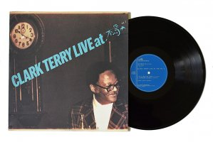 Clark Terry / Live At 木馬 Vol.2 / クラーク・テリー<img class='new_mark_img2' src='https://img.shop-pro.jp/img/new/icons3.gif' style='border:none;display:inline;margin:0px;padding:0px;width:auto;' />