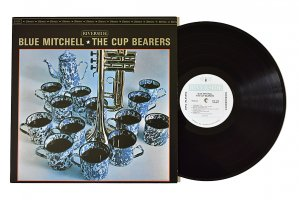 Blue Mitchell / The Cup Bearers / ブルー・ミッチェル<img class='new_mark_img2' src='https://img.shop-pro.jp/img/new/icons3.gif' style='border:none;display:inline;margin:0px;padding:0px;width:auto;' />