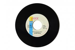 Gregory Isaacs - Private Beach Party / Delroy Wilson - Dancing Mood / グレゴリー・アイザックス / デルロイ・ウィルソン