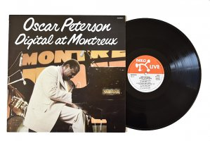 Oscar Peterson / Digital At Montreux / オスカー・ピーターソン<img class='new_mark_img2' src='https://img.shop-pro.jp/img/new/icons3.gif' style='border:none;display:inline;margin:0px;padding:0px;width:auto;' />
