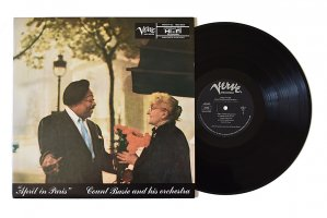 Count Basie And His Orchestra / April In Paris / カウント・ベイシー<img class='new_mark_img2' src='https://img.shop-pro.jp/img/new/icons3.gif' style='border:none;display:inline;margin:0px;padding:0px;width:auto;' />