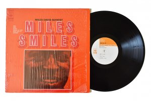 Miles Davis Quintet / Miles Smiles / マイルス・デイビス<img class='new_mark_img2' src='https://img.shop-pro.jp/img/new/icons3.gif' style='border:none;display:inline;margin:0px;padding:0px;width:auto;' />