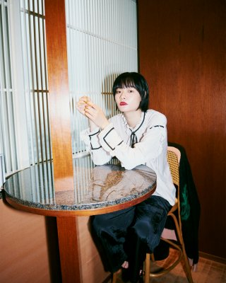 frill blade blouses (gray)