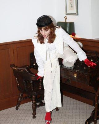 ribbon emb tunic (white)