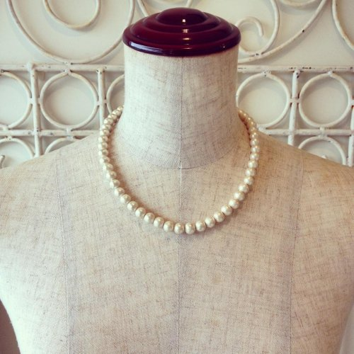 Cotton pearl necklace 8mm