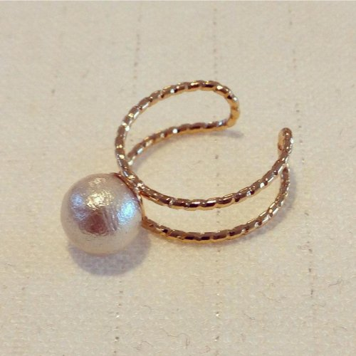 Cotton pearl ring 8mm