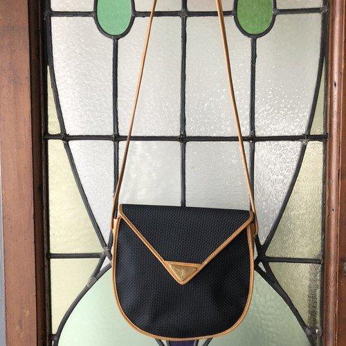 vintage YVES SAINT LAURENT(イヴ・サンローラン)ショルダーバッグ