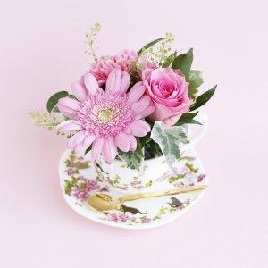 Tea cup bouquet _ストロベリーキャット【生花】