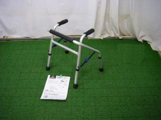 【中古歩行器】 ユーバ産業 ミニフィット XS-0088 (HKUB105)