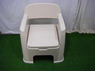 トンボ ポータブルトイレ 背もたれ型  (PTTB101)