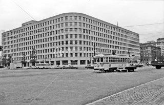 都電 東京駅丸ノ内北口 国鉄本社ビル前 28系統 1967年11月