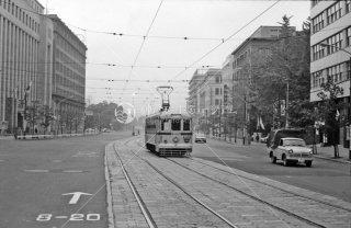 西新橋一丁目付近 左は旧NHK 35系統612 1967年11月