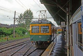 新潟交通 燕駅モハ24 1987年