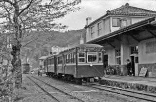 頚城鉄道 浦川原駅 1965年