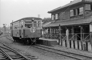 尾小屋鉄道 新小松駅 キハ1 1975年8月