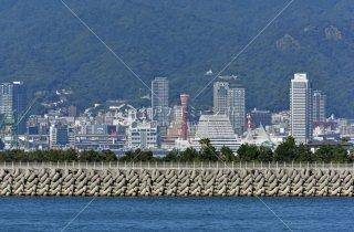 神戸空港 ポートタタワー遠望