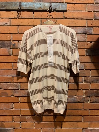 OLDE HOMESTEADER/HENRY NECK SHORT SLEEVE(RUSTIC BROWN BORDER)