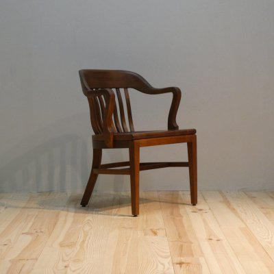 <img class='new_mark_img1' src='https://img.shop-pro.jp/img/new/icons30.gif' style='border:none;display:inline;margin:0px;padding:0px;width:auto;' />Vintage Arm Chair / Johnson Chair Co.