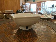 高橋芳宣 白瓷四方台小鉢