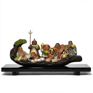 楠木一本彫り【七福神】 古美色 幅28cm 日本製台座付