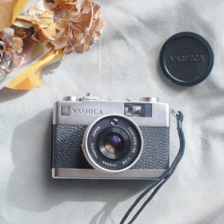 <img class='new_mark_img1' src='https://img.shop-pro.jp/img/new/icons29.gif' style='border:none;display:inline;margin:0px;padding:0px;width:auto;' />【AB】YASHICA ELECTRO 35MC シルバー[実写済み][ 使い方がわかる ]