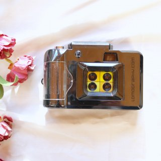 【フラッシュ×C】LOMOGRAPHY 4連写カメラ[実写済み]
