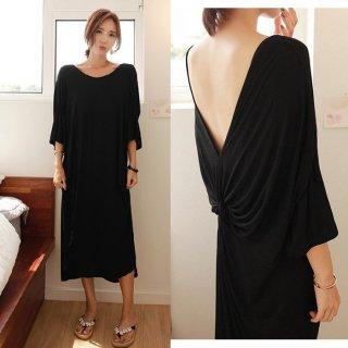 ロングワンピース バックコンシャス 黒 ロング丈 ルーズフィット 体型カバー 大きいサイズ 七分袖 きれいめ
