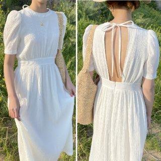 白ワンピース バックオープン 半袖 ロング バックコンシャス ホワイト 清涼感 清楚 上品 エレガント シック ロングワンピース