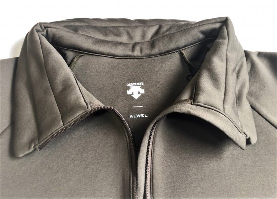 DESCENT × ALWEL / Padded High Collar Half Zip <TOUGH AIR>