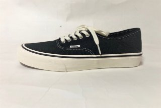 VANS / Authentic Sf