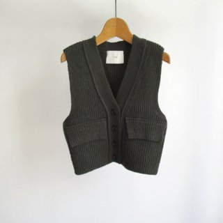 <img class='new_mark_img1' src='https://img.shop-pro.jp/img/new/icons20.gif' style='border:none;display:inline;margin:0px;padding:0px;width:auto;' />TAN(タン) LAMBS VEST [WOMEN]