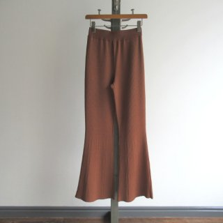 <img class='new_mark_img1' src='https://img.shop-pro.jp/img/new/icons20.gif' style='border:none;display:inline;margin:0px;padding:0px;width:auto;' />TAN(タン) SMOOTH FLARE PANTS [WOMEN]
