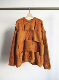 YOKE(ヨーク) CROSSING CABLE CREW NECK KNIT