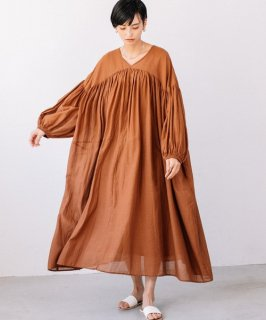 Audrey and John Wad(オードリーアンドジョンワッド) INDIAN COTTON V-NECK GATHER LONG ONE-PIECE [WOMEN]