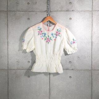 花柄刺繍ブラウス 半袖 フランス製 ユーロ古着