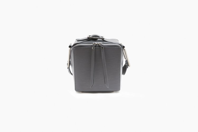 【40% OFF】SQUARED SHOULDER BAG GREY