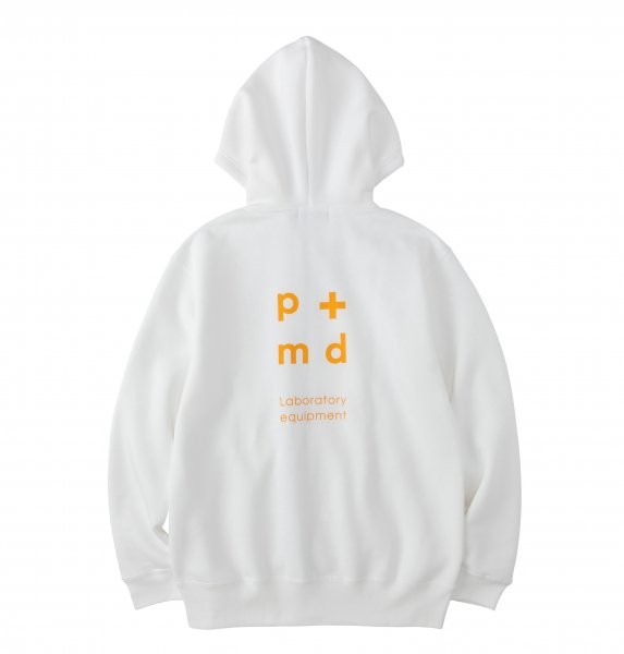 PMD+LAB Emblem Zip Hoodie<img class='new_mark_img2' src='https://img.shop-pro.jp/img/new/icons8.gif' style='border:none;display:inline;margin:0px;padding:0px;width:auto;' />
