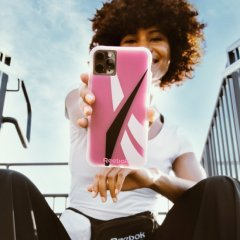 Reebok x Case-Mate Oversized Vector 2020 Pink for iPhone 11 全シリーズ / XR / Xs 全シリーズ / X