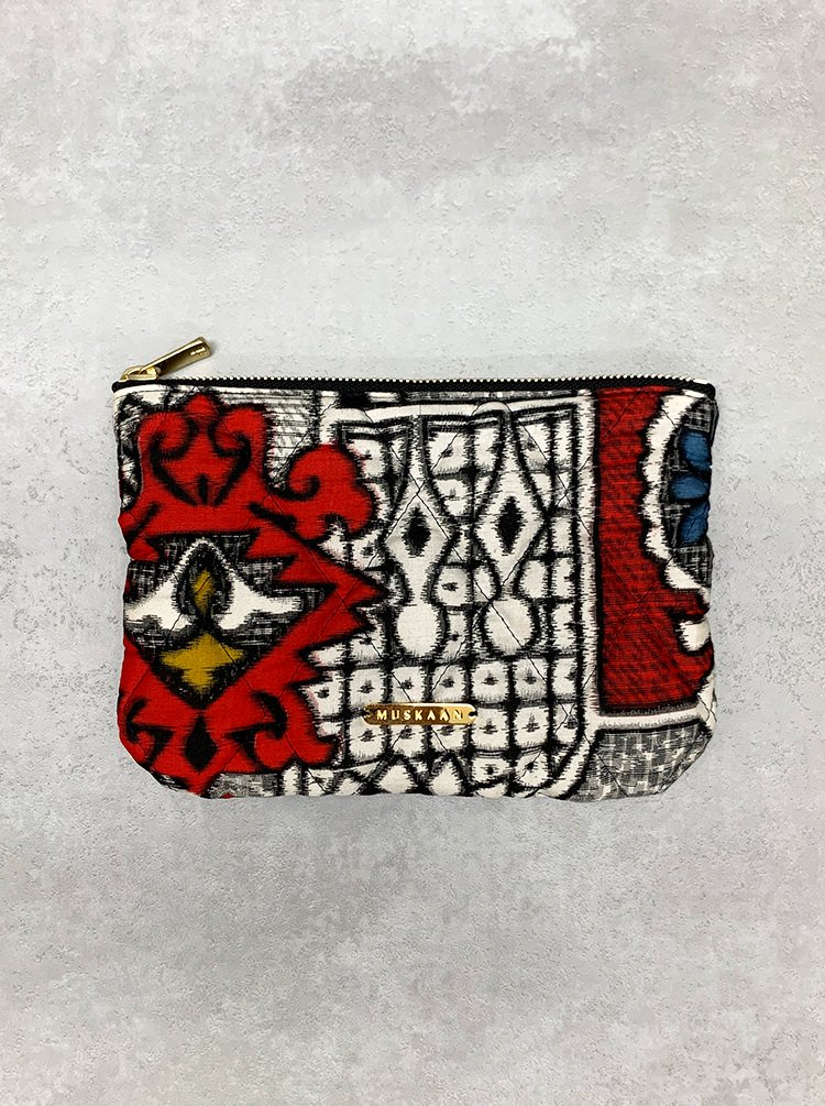 QUILTED FLAT POUCH_001