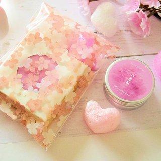 【桜スペシャル】練り香水 京の練り香 Heavenly Aroom ソリッドパフューム 15g 桜 桜とハートの無料ラッピングつき