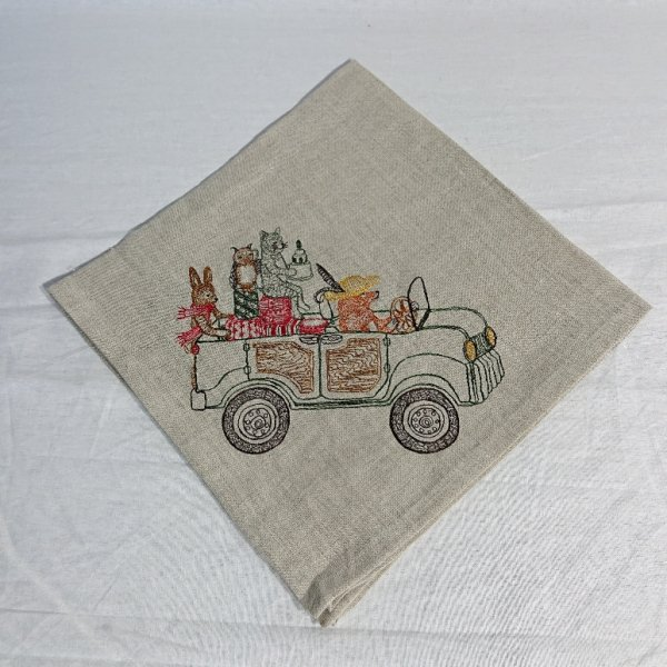 <img class='new_mark_img1' src='https://img.shop-pro.jp/img/new/icons47.gif' style='border:none;display:inline;margin:0px;padding:0px;width:auto;' />CORAL&TUSK  DINNER NAPKINS Home for the Holiday