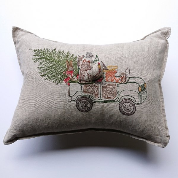 <img class='new_mark_img1' src='https://img.shop-pro.jp/img/new/icons47.gif' style='border:none;display:inline;margin:0px;padding:0px;width:auto;' />CORAL&TUSK  Christmas Tree Car Pocket Pillow