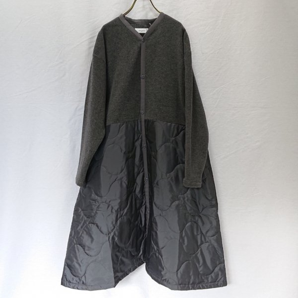 <img class='new_mark_img1' src='https://img.shop-pro.jp/img/new/icons47.gif' style='border:none;display:inline;margin:0px;padding:0px;width:auto;' />Labo ratory  SWITCHING MILITARIA COAT