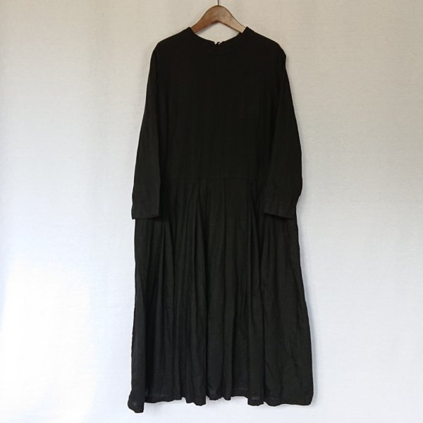 <img class='new_mark_img1' src='https://img.shop-pro.jp/img/new/icons11.gif' style='border:none;display:inline;margin:0px;padding:0px;width:auto;' />Gauze#  STRING TUCKED ONE PIECE DRESS