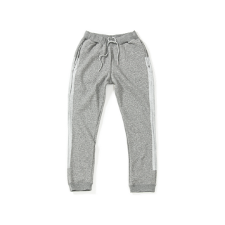 <img class='new_mark_img1' src='https://img.shop-pro.jp/img/new/icons23.gif' style='border:none;display:inline;margin:0px;padding:0px;width:auto;' />Line Paint Sweatpants