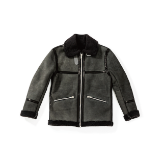 <img class='new_mark_img1' src='https://img.shop-pro.jp/img/new/icons23.gif' style='border:none;display:inline;margin:0px;padding:0px;width:auto;' />mouton flight jacket