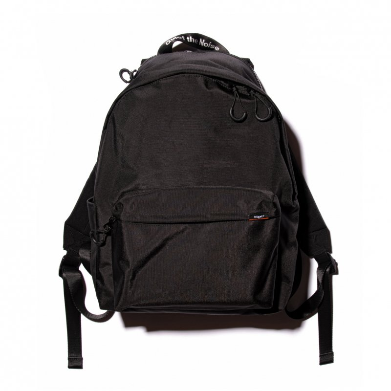 BASIC DAYBAG 24L / BLACK, KHAKI, NAVY