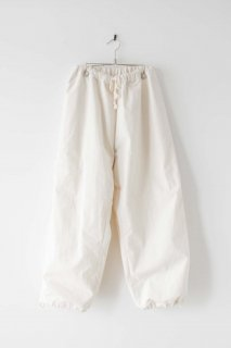 POLYPLOID   OVER PANTS A (off white)