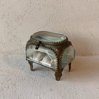 France antique jewelry box<img class='new_mark_img2' src='https://img.shop-pro.jp/img/new/icons47.gif' style='border:none;display:inline;margin:0px;padding:0px;width:auto;' />