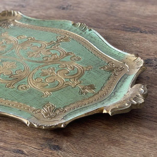 Antique wood tray.c<img class='new_mark_img2' src='https://img.shop-pro.jp/img/new/icons47.gif' style='border:none;display:inline;margin:0px;padding:0px;width:auto;' />